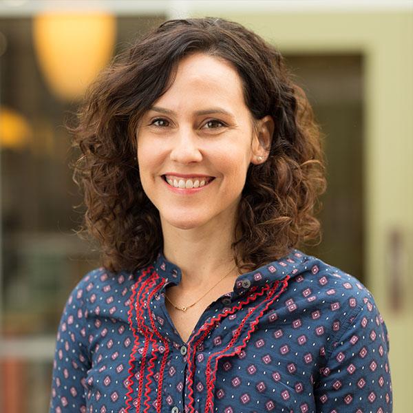 Headshot of Courtney Varner